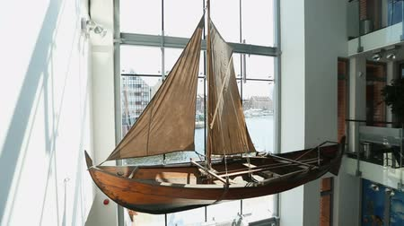 yat yarışı : Details of beautiful model of ancient regatta, Maritime museum in Gdansk Stok Video