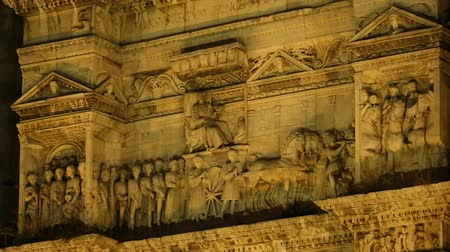 neapol : Ancient architecture of the Castel Nuovo and triumphal arch in Naples, sequence Wideo