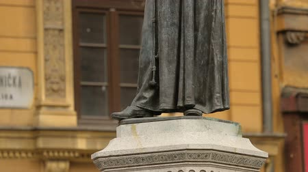 поэт : Statue of poet and monk Andrija Kacic Miosic on Mesnicka street, Zagreb