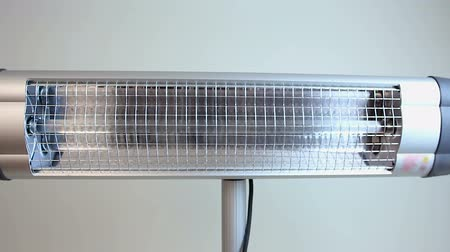 kaloryfer : Rotating infrared heater, turned off household utility, modern heat generator Wideo