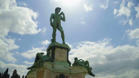 reneszánsz : Beautiful panorama of Fountain of Neptune in Florence, tourism in Italy