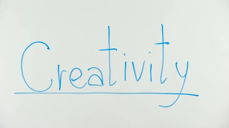 подчеркнул : Creativity exclamation underlined on glass, interesting business solutions Стоковые видеозаписи