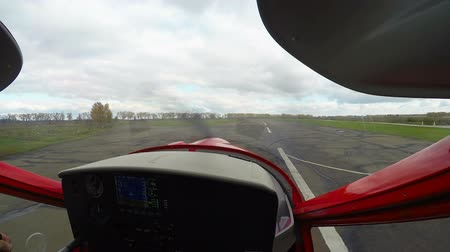 eufória : Point of view of captain controlling training plane taking off, aviation school