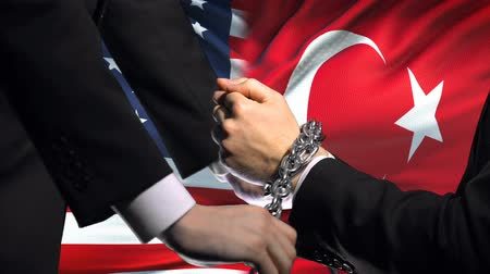 penas : United States sanctions Turkey, chained arms, political or economic conflict.
