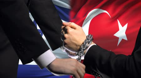zahraniční : Israel sanctions Turkey, chained arms, political or economic conflict, trade ban.