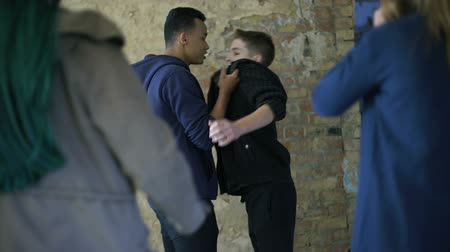 bullies : Boys fighting for girl, self-defense against school bullies, street violence