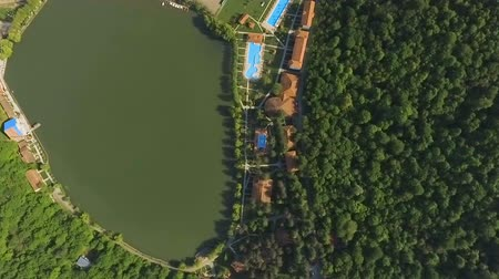 kaukázus : Lopota lake and luxury resort with pools aerial view, Kakheti region, Georgia