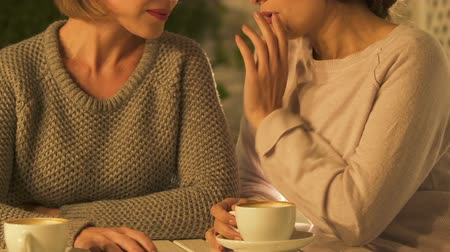 condemn : Envious women gossiping, jealous of friend success, unfaithful female friendship