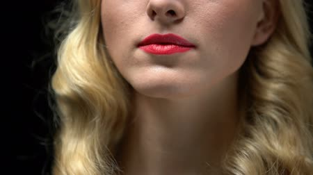 relance : Close up of young woman face with evening make up, preparing for date, cosmetics