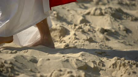 evangélium : Prophet legs walking on sand, following of Jesus faith, religious conversion