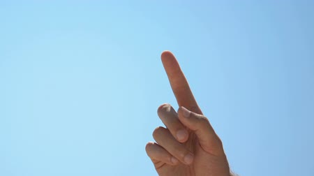 wynalazek : Male pointing finger up, attention to important idea or warning, wise choice Wideo