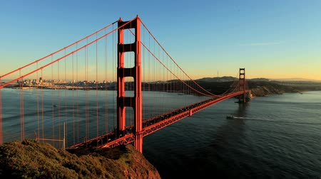 pomost : Time Lapse of San Fran between Golden Gate Bridge Sunset