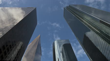 ügy : Time Lapse of Clouds Passing Downtown Office Buildings in Los Angeles. Stock mozgókép