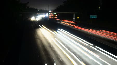 snelwegen : Time-lapse van Freeway Traffic in Los Angeles Californië Stockvideo