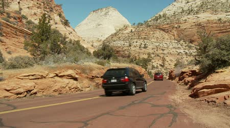 enrolamento : Traffic in Capital Reef National Park