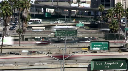 stippen : Zware Downtown Traffic in Los Angeles - Time Lapse Stockvideo