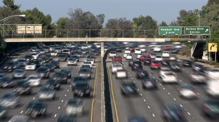 auto estrada : Busy Los Angeles Freeway Traffic - Time Lapse