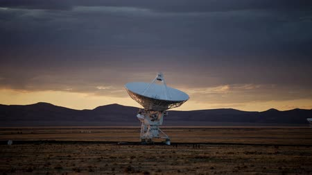 bulaşıklar : Very Large Array - Time Lapse