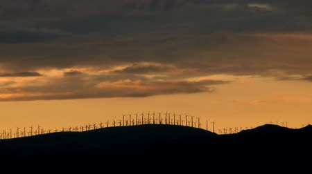 moinho de vento : Windmills at Sunset
