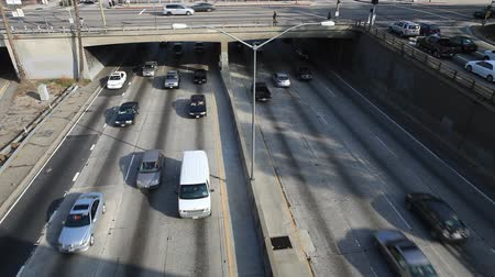 samochody : Heavy Traffic on Overpass on the 101 Freeway in Downtown Los Angeles