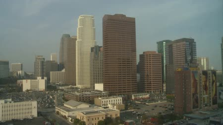 pencereler : Time Lapse of day to Night Downtown Los Angeles Stok Video