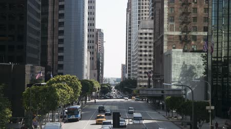 уличный свет : Time Lapse of Busy City Street in Downtown Los Angeles.  Daytime
