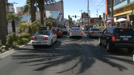 osoba : Time Lapse of Driving Down the Las Vegas Strip During the Day Wideo