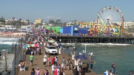 atracação : Time lapse of Santa Monica Pier. Stock Footage