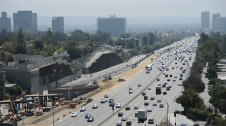 motor vehicle : Busy 405 Freeway in Los Angeles