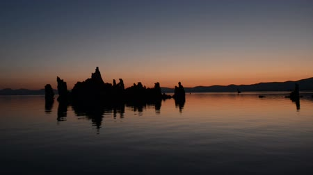 brine shrimp : Tufa Tower on Mono Lake