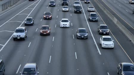 camionagem : Overhead View of Traffic in Los Angeles Stock Footage