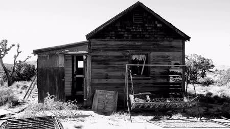 mysz : Abandon Home in the Mojave Desert Wideo