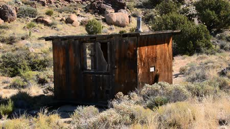 mysz : Abandon Buildings in the Mojave Desert