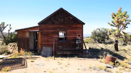 Abandon Home in the Mojave Desert Dostupné videozáznamy