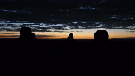 Time Lapse of Sunrise Monument Valley Utah - 4K Stock mozgókép