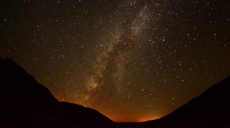 perseids : Time Lapse of Perseids Meteor Shower in Mojave National Park - 4K -  4096x2304 Stock Footage