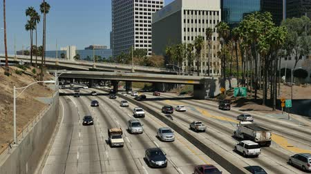 motorkerékpár : Time Lapse  - Overhead View of Traffic on Busy 10 Freeway in Downtown Los Angeles California