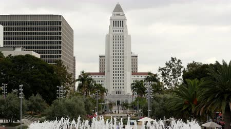 határkő : Los Angeles City Hall and Fountain - Los Angeles California