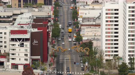 dragão : Zoom Out  Overhead View of Traffic in Chinatown  in Downtown Los Angeles California
