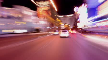 verkeersbord : POV Time Lapse rijden van de Las Vegas Strip at Night - 4K Stockvideo