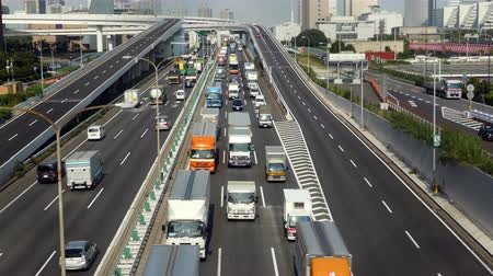 ithalat : Time Lapse of Heavy Truck Traffic on Japanese Highway -   Tokyo Japan