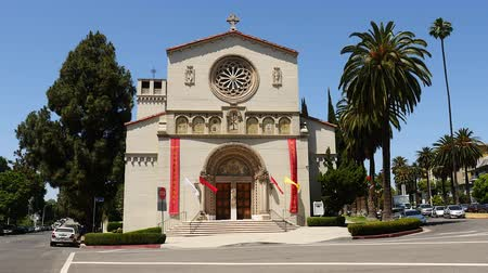 padre : Historic Church in Downtown Los Angeles