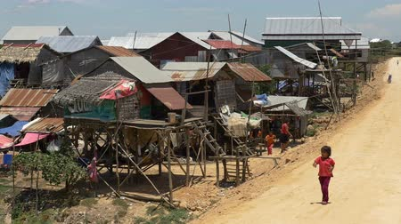 азиаты : Shacks in the Cambodian Country Side  Farm Lands