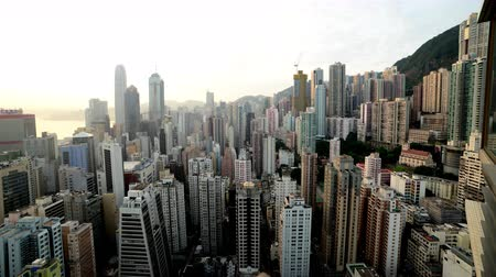 şafak : Sunrise Over Hong Kong Skyline - Time Lapse - Hong Kong China Stok Video