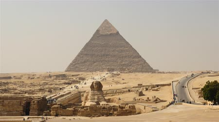 egyiptom : Time Lapse of Great Pyramids & Sphinx Daytime at Giza - Egypt