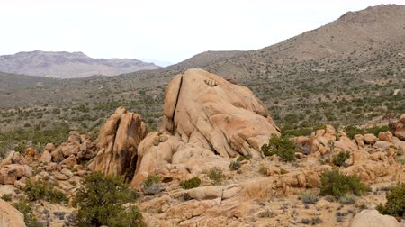 Zoom Out  - Large Finger Rock in the Mojave Desert - California