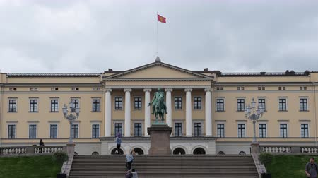 Time Lapse of Clouds & People at the Royal Palace Oslo Norway