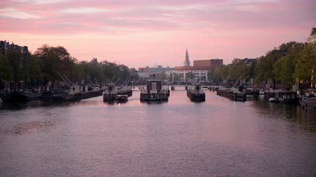 Time Lapse of Sunset over Amsterdam Canal Locks - Amsterdam Pays-Bas