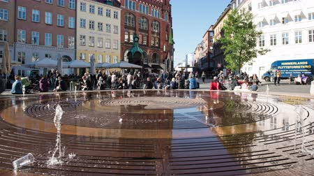 Time Lapse of People at Fountain in City Square  - Copenhagen Denmark Stock mozgókép