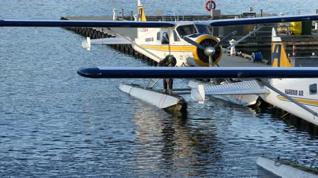 hydroplane : Small airplane on water Vancouver